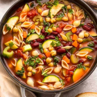 Simple Slow Cooker Minestrone